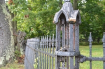 160914 (13) Cemetary Fence