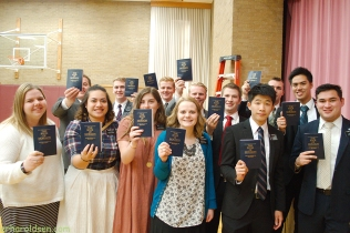 2017 11 29 (16)sn Missionaries with Book of Mormon