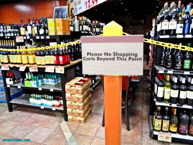 2019 02 04S snm Grocery Store Sign, No Carts Beyong