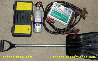 2013 03 04 (175) sn Car Emergency Kit